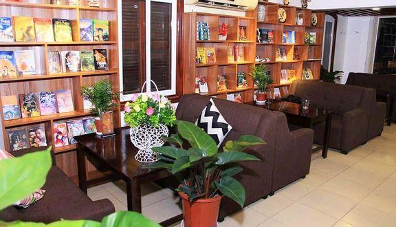 Book Cafe - Linh Đàm