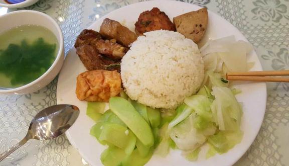 Cơm Chay Tịnh Tâm - Trần Hữu Trang