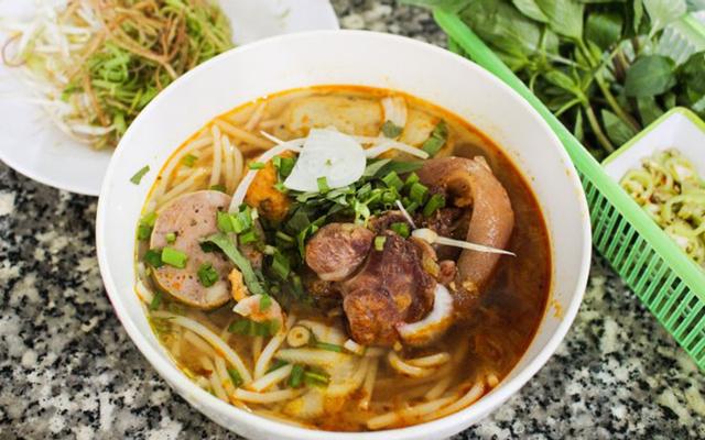 Quỳnh - Bún Bò & Bò Kho Bánh Mì