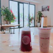 Đào hồng mận é+kem sữa+ trân châu trắng ăn thôi rồi lun:))) giảm cân cân hết lun ko sợ Béoo