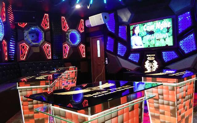 Beta Three - Karaoke Gia Đình