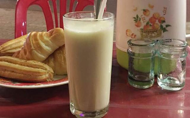 Sữa Đậu Nành - Phạm Văn Đồng