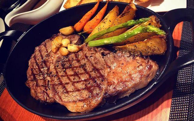 La Bête - Steak House & Lounge