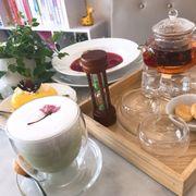 Matcha sakura latte - Bình trà hoa