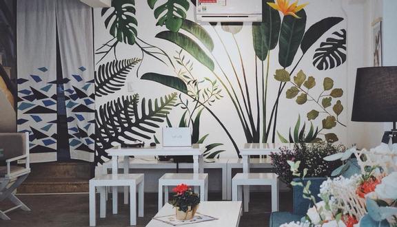 Vi Cafe Restaurant