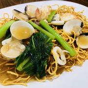 M12. Seafood Crispy Noodle (Shen Mian) (Mì giòn hải sản) 海鲜生面