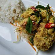 M18. Salted egg pork rib with rice (Cơm sườn heo xào trứng muối)