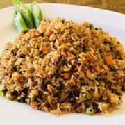 M15. Sambal Fried Rice (Cơm chiên Sambal) 三巴炒饭