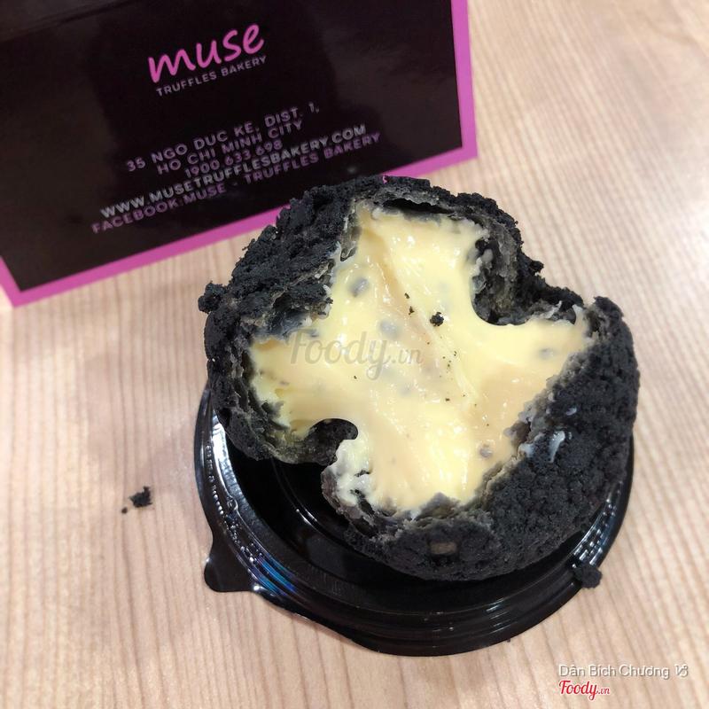 Bánh choux kem nấm Truffle