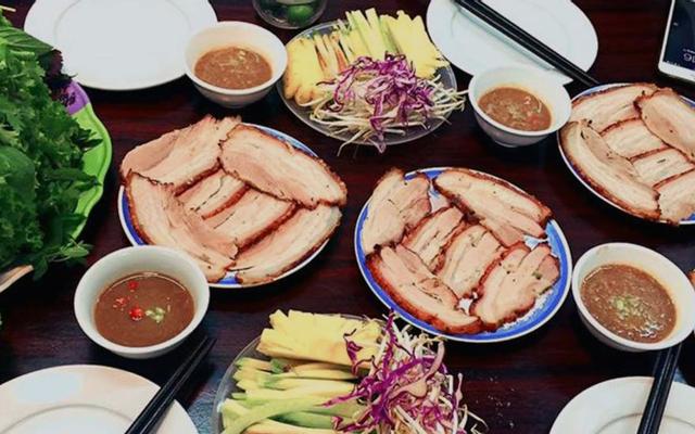 Bánh Tráng Cuốn Thịt Heo Hoàng Bèo - Hồ Tùng Mậu