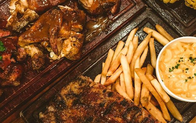 Ụt Ụt Quán - Barbecue & Beer - Xuân Thủy