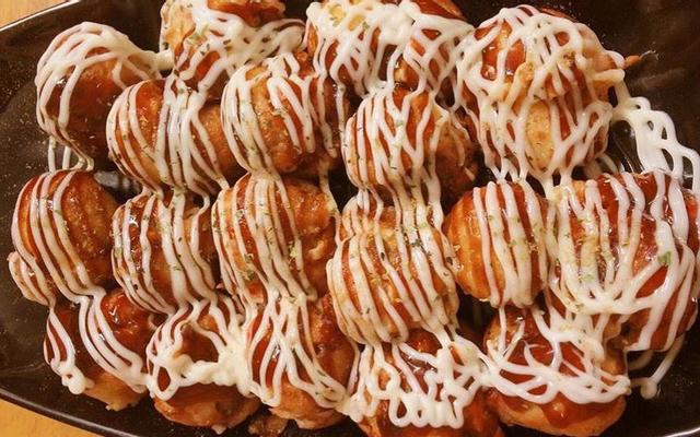 Coro Coro - Takoyaki & Bánh Chuối Sô-Cô-La Kiểu Nhật