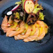 Salmon and kiwi Carpaccio