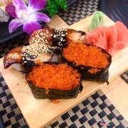 1 Sushi trứng cá hồi