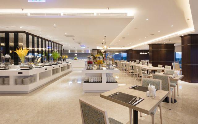 Comodo Nha Trang Restaurant