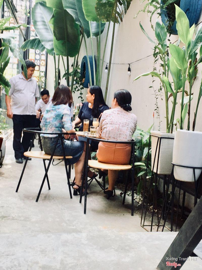 Quán cafe ngon đẹp giá rẻ đà nẵng! Quán có không gian đẹp ! Check in cực chất