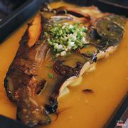 cá lăng sốt bí đỏ