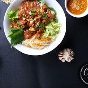 Bún Thịt Nướng (nước lèo Huế)