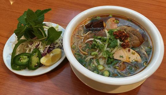 Bún Bò Huế & Bún Thịt Nướng