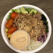Salad bò + gạo lức