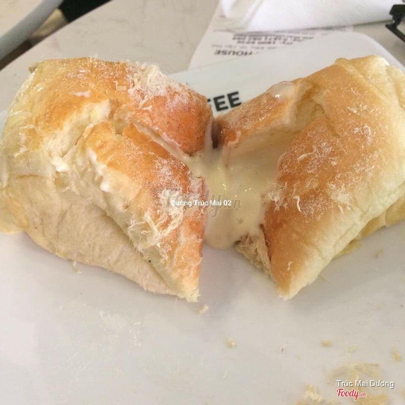 Bánh mì Chà bông Phô mai