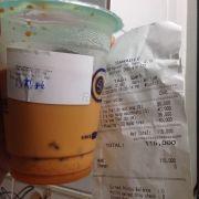 Ly trà sữa thái đỏ mang về - bill size M - thực tế size S