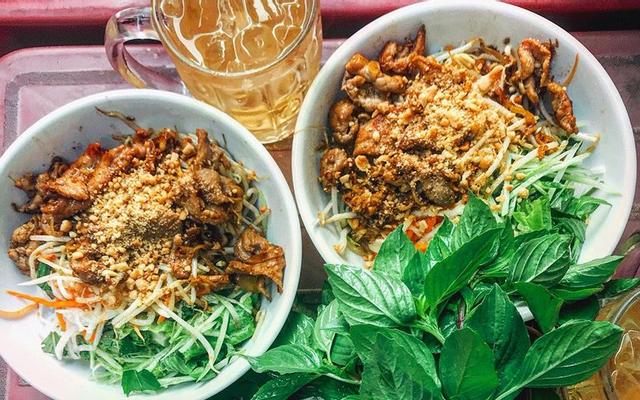Cô Nga - Bún Thịt Nướng, Bún Hến & Cơm Hến