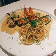 Milano seafood pasta