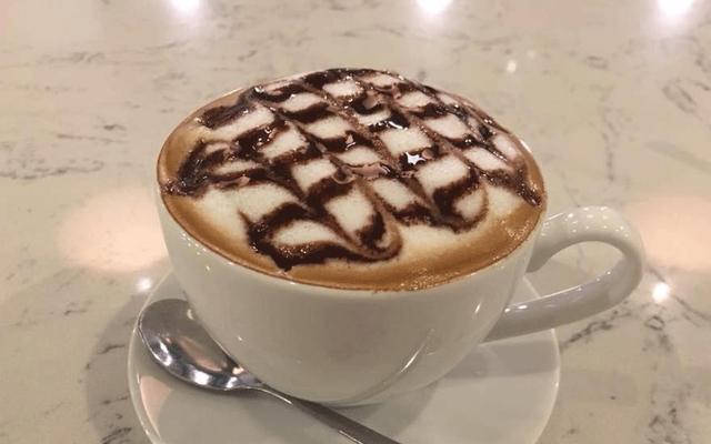 Người Lạ Ơi - Phở & Cafe