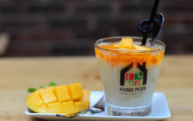 Home Plus Hostel & Cafe