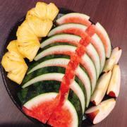 Hì dĩa trái cây đc tặng hii
