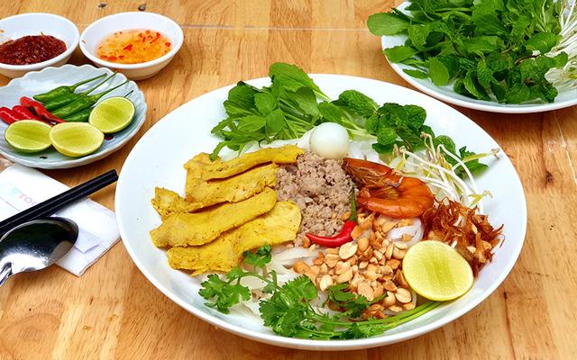 Mì Quảng Trộn Anh Út - Điện Biên Phủ