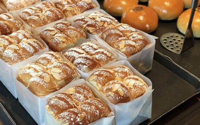 Bread Factory - Xưởng Bánh Mì Tươi