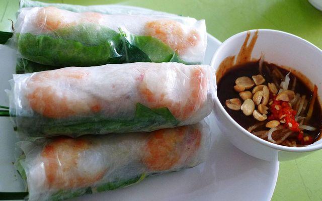 Gỏi Cuốn, Bò Bía & Hột Vịt Lộn