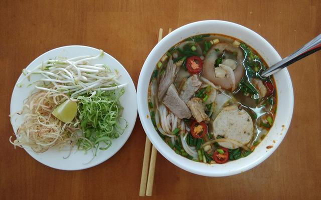 Quán Hương - Phở & Bún Bò Huế - Đường Số 12