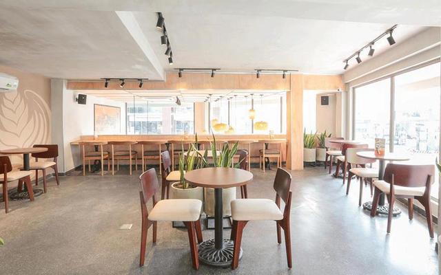 The Coffee House - Hoa Sứ