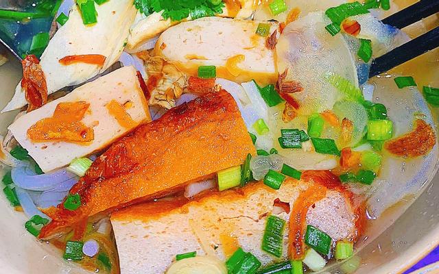 Mến - Bún Chả Cá Sứa Nha Trang - Hậu Giang