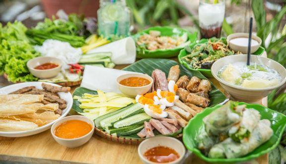 Bếp - Nem nướng Nha Trang