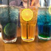3 loại soda: Violet, Deep Blue với cái gì nữa quên rồi