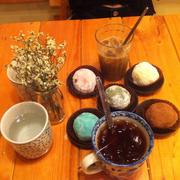 Mochi các loại và Bạc sửu, trà Earl Gray
