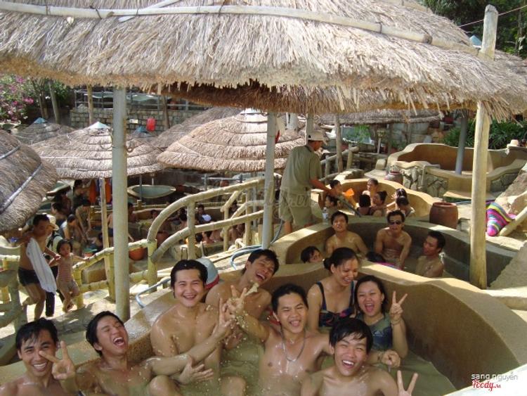 Du Lịch Sinh Thái Suối Khoáng Nóng Tháp Bà ở Khánh Hoà