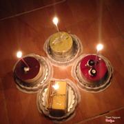 Bánh trà xanh đậu đỏ - tiramisu - strawberry - cheese cake