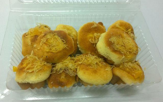 Ngọc Hiệp - Bánh Bông Lan Trứng Muối & Bánh Su Kem