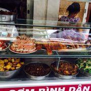 Tủ chứa thức ăn