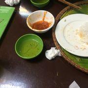 Toàn ăn xong mới checkin. :)))