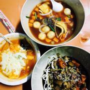 1. Mỳ Jajang sợi mềm 2. Teobokki pho mai 3. Soup bánh cá