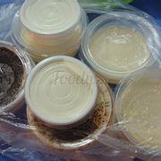 3 loại: Tiramisu, phô mai chua và flan
