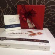 Quà tặng 20/10: Mua I'm in love tặng Seashell Chocolate  + 1 thanh Amazing Chocolate