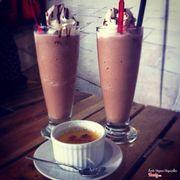 Bánh cream và coffee jelly vị socola