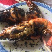 đồ ăn khá ngon giá cả phải chăng :) phục vụ thân thiện nhanh nhẹn